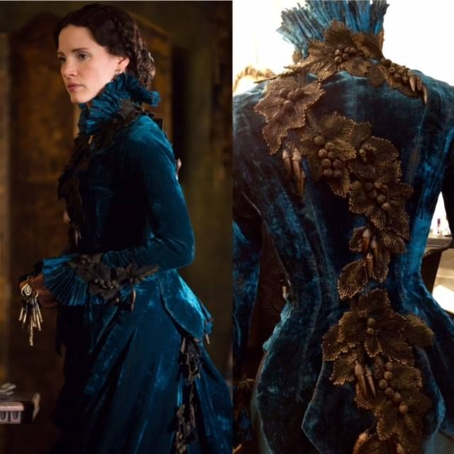 A closer look at Kate Hawley's designs for #CrimsonPeak. Costume Guild