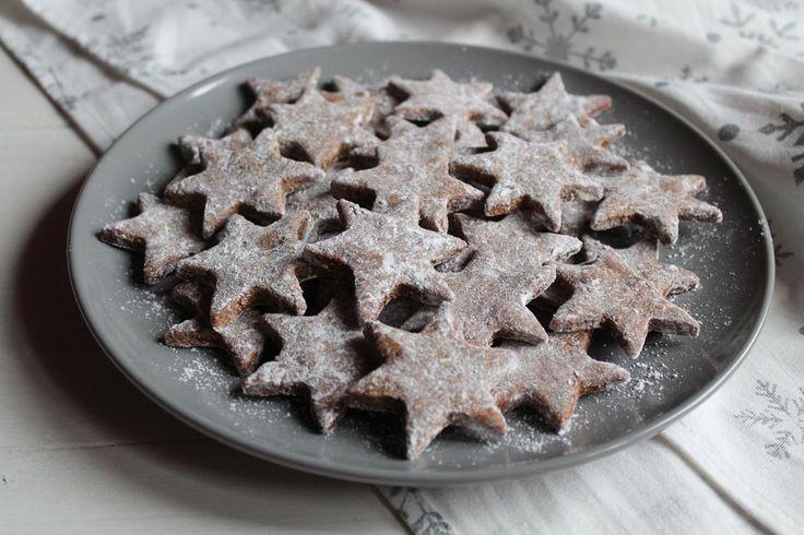 Healthy, vegan Christmas cookies « Emilia Nita #foodphotography #vegan #cookies #veganrecipe