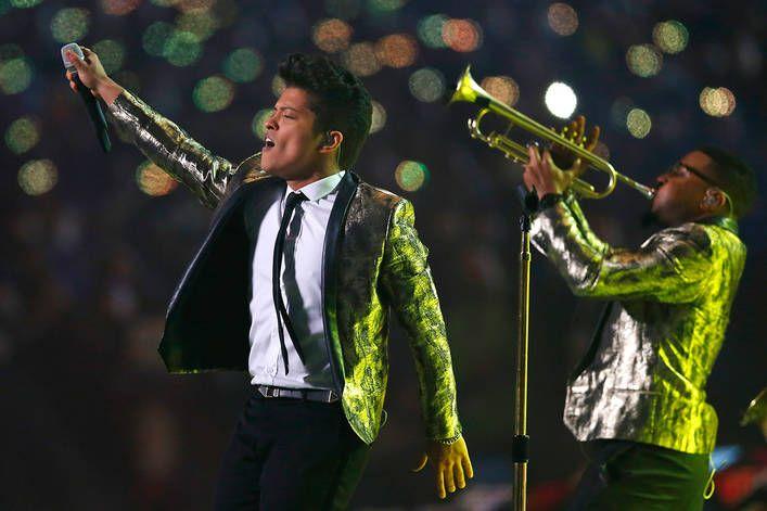 Bruno Mars' best album: '24K Magic' or 'Unorthodox Jukebox'?
