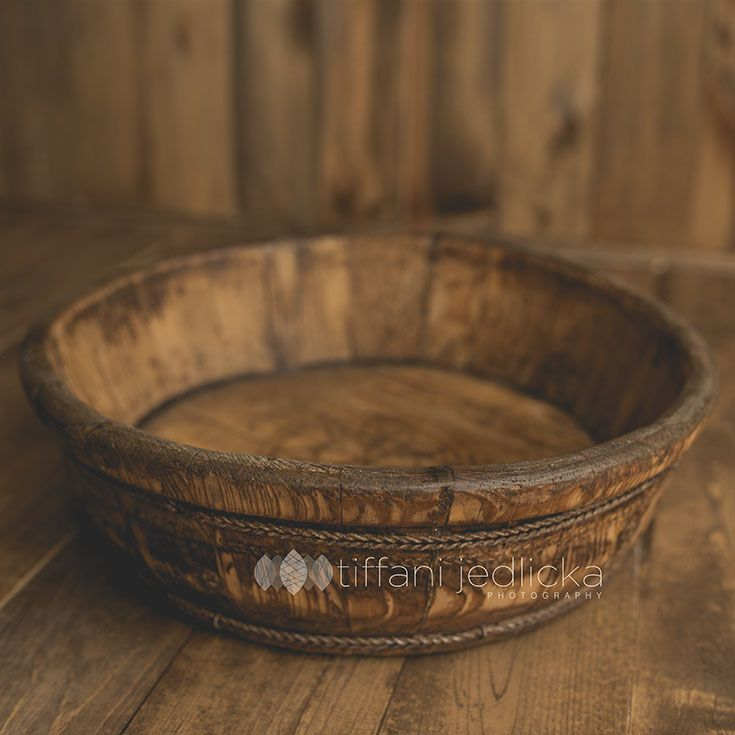 shallow wooden bowl www.tiffanijedlickaphotography.com