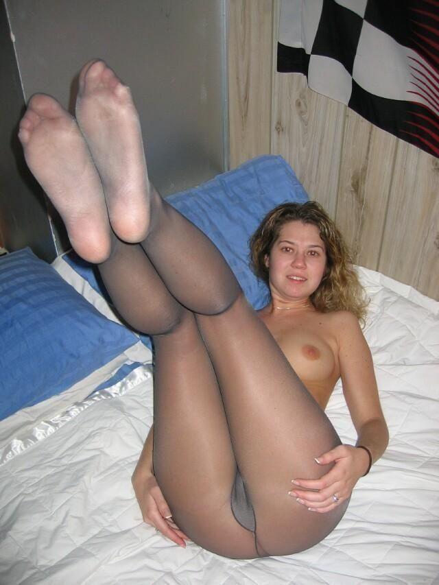 cutie im strumpfhose getting gefickt im sie bett - Porno