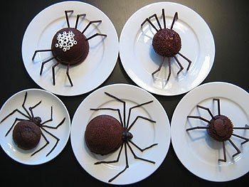 Spider Cakes. Click for Instructions. #food #fun