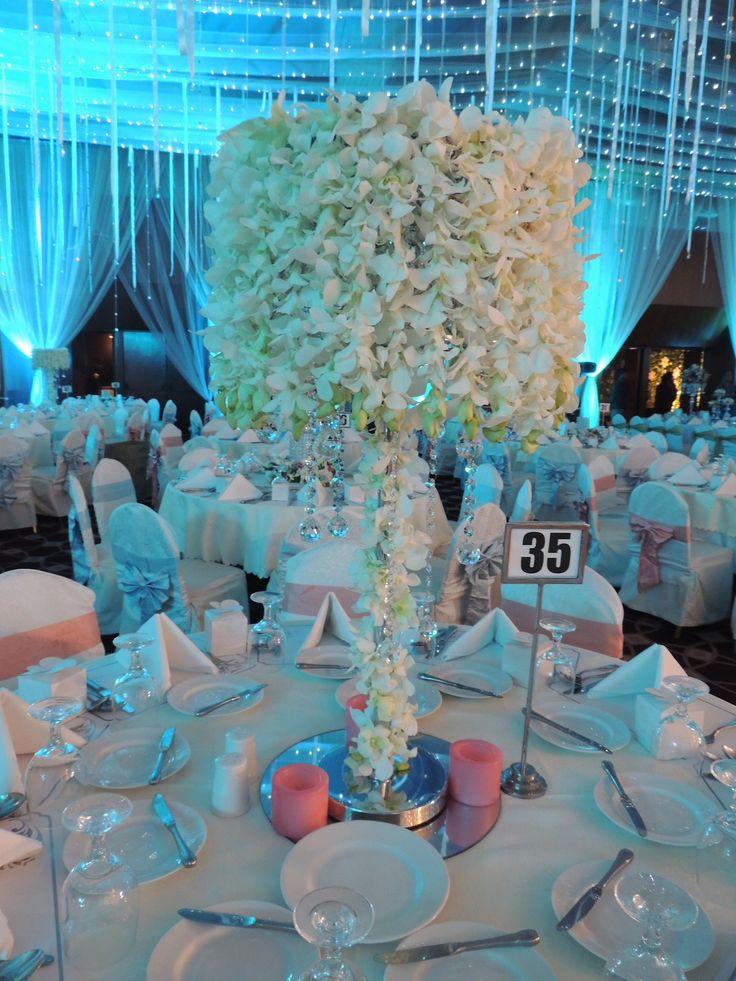 #white #Rain #Peacock #theme #bangladeshi #wedding #decor #centerpiece #center #piece #orchid #southeastasian #floral #nighttime #gardenwedding #ikebanabd #ikebana #ikebanaBangladesh #ikebanaltd #Bangladesh
