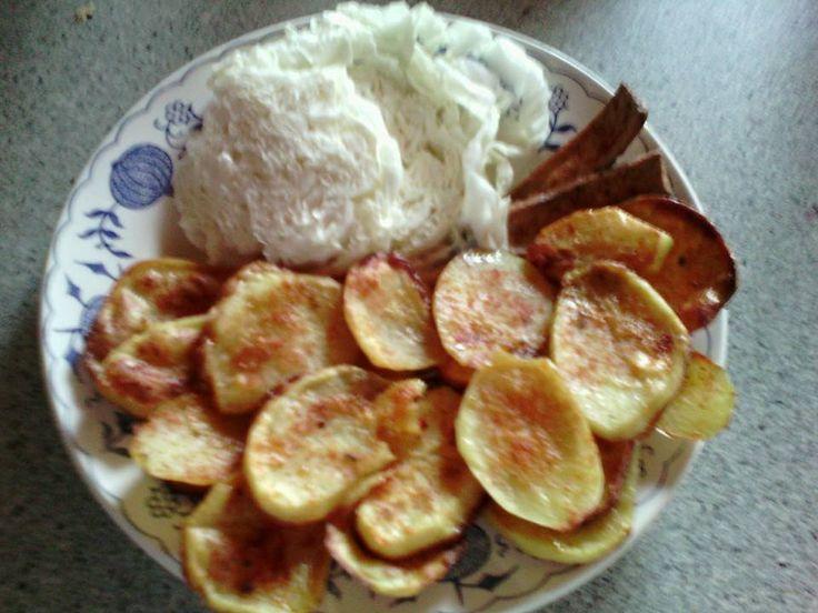Kytičkový den - pečené brambory s tofu (to přidat k pečení později), čínské zelí
