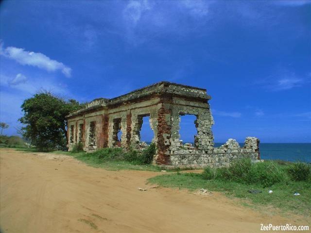 Las Ruinas de Aguadilla           - AGUADILLA