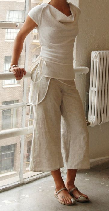 love the fitted tee and the loose linen pants, plus the added pocket and ties