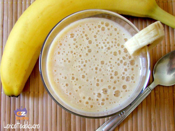 Frullato dio banana, fresco morbido e cremoso, impossibile trovare qualcuno che resiste difronte ad un frullato appena fatto