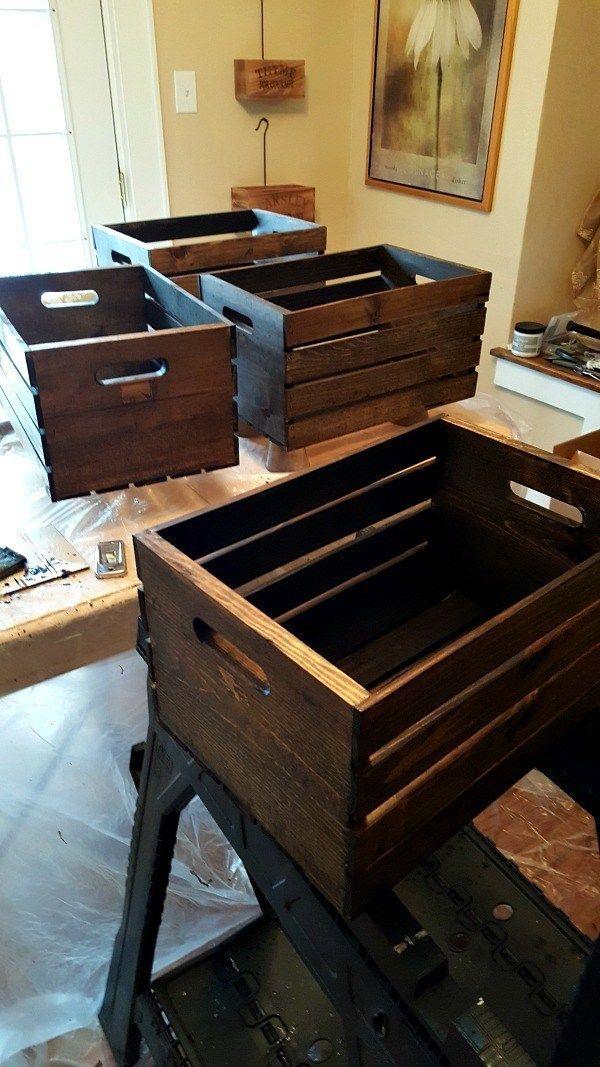 DIY Wooden Crate Shoe Rack – Live aus Julie's House   – Drawings