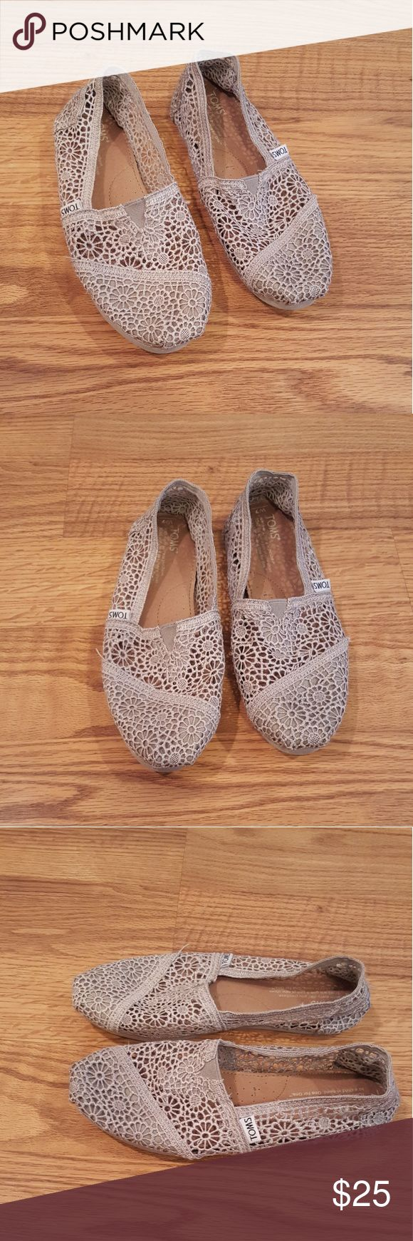Womens tan lace Toms Womens tan lace Toms size 7.  Barely worn just been sitting in my closet.  Pet and smoke free home, pre-owned. Toms Shoes Flats & Loafers
