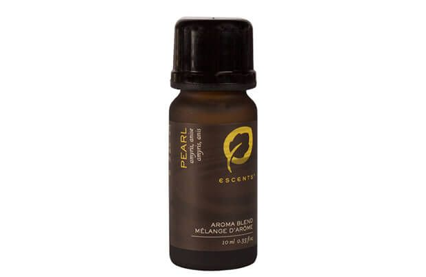 Pearl Aroma Blend, a 100% natural blend made with pure Amyris and Anise essential oils. Pearls are said to calm emotions and quiet the mind and are the birthstone for those born in June.