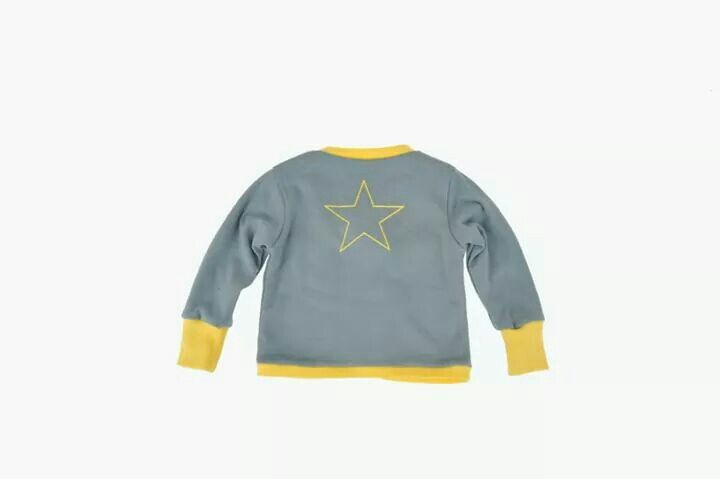 Back of the baby cardigan, so cute.