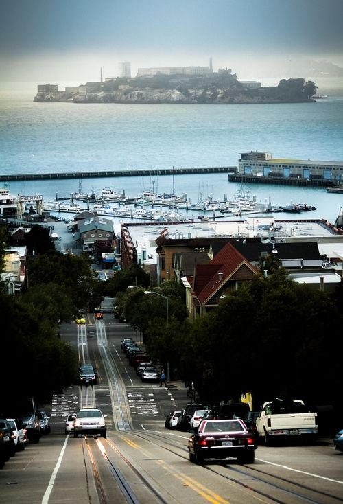 travelingcolors : Alcatraz, San Francisco | California (por ErlandG )