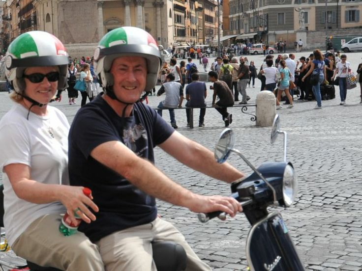 Tour of #Rome by Vespa - Discover the city with this exclusive experience in Rome on board a timeless #Vespa. #ItalyXP #Travel #WeLoveItalyXP #Trip #Italy