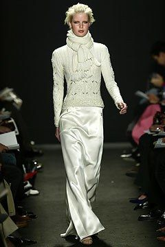 Carolina Herrera Fall 2004 Ready-to-Wear Fashion Show - Caroline Winberg, Carolina Herrera