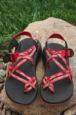 Nice! Women's CHACO ZX/2 Unaweep VIBRAM Waterproof SPORT SANDALS Strawberry sz 9