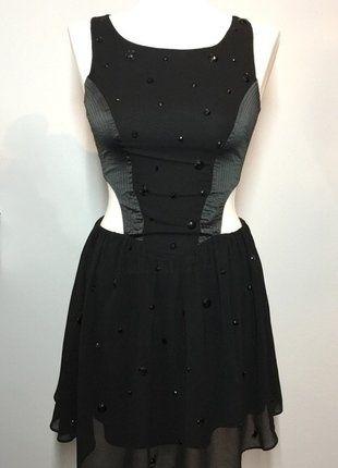 Kup mój przedmiot na #vintedpl http://www.vinted.pl/damska-odziez/sukienki-wieczorowe/15823439-czarna-sukienka-z-wycieciami-lipsy-london