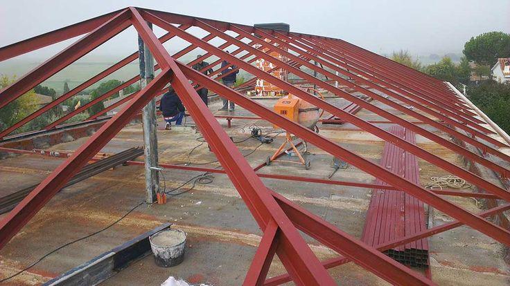 M s de 1000 ideas sobre construcci n de una cubierta en - Estructuras de acero para casas ...
