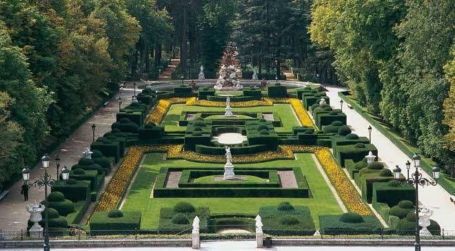 La Granja de San Ildefonso gardens. San Ildefonso or La Granja, Segovia © Turespaña