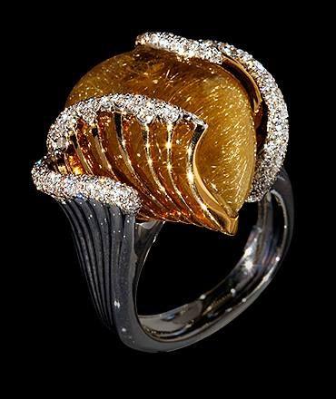 Wind Mousson Atelier White gold, Yellow gold, Rutile quartz 25,36 ct., Diamonds