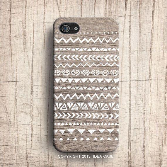 Mano disegnata Geometric Pattern tribale legno design caso iPhone, iPhone 4 iPhone 4S e iPhone 5 caso, modello Navajo sul legno on Etsy, 16,27€