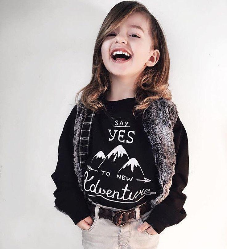 Peuter Sweatshirt - nieuwe avonturen Fleece sweater - Hipster trui - peuter winterkleren - jongens kleding - meisjes kleding - trui door UrbanEarthCo op Etsy https://www.etsy.com/nl/listing/249545248/peuter-sweatshirt-nieuwe-avonturen