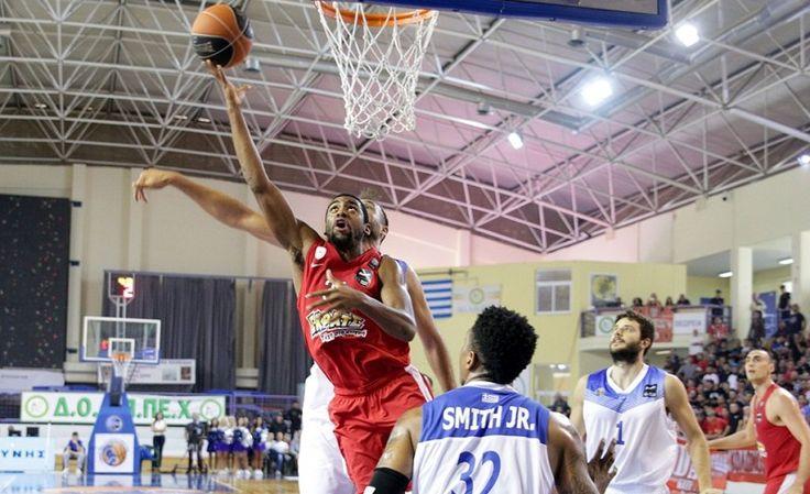 Κύμη-Ολυμπιακός 56-85 για την 2η αγωνιστική  #BasketLeague με έναν πάγκο για... φίλημα! Αγωνία για τον τραυματισμό του Μάντζαρη...#Red_White #Kymi #Olympiacos