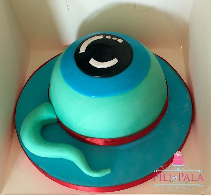 Eyeball birthday cake