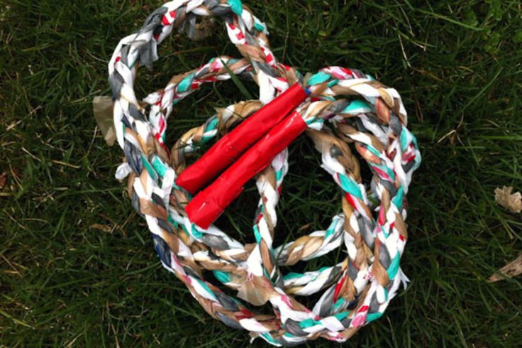 Jump rope woven from plastic bags.: Diy Plastic, Jumping Ropes, Plastic Bags, Bags Jumping, Recycled Projects, For Kids, Grocery Bags, Skip Ropes, Childhood Lists
