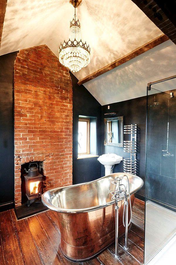 Кирпичная стена в дизайне интерьера ванной комнаты