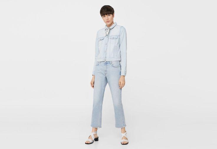 die 25 besten ideen zu jeansjacken auf pinterest jeansjackenweste overalls und hippie chic. Black Bedroom Furniture Sets. Home Design Ideas