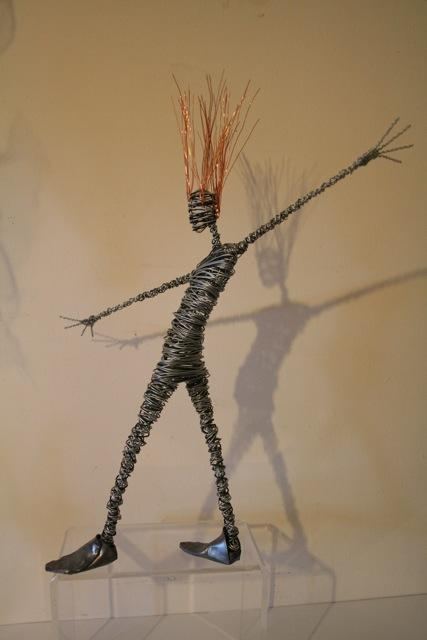 Wire sculpture by Rachel Ducker. I have wanted one of these for so long . Time to buy I think.