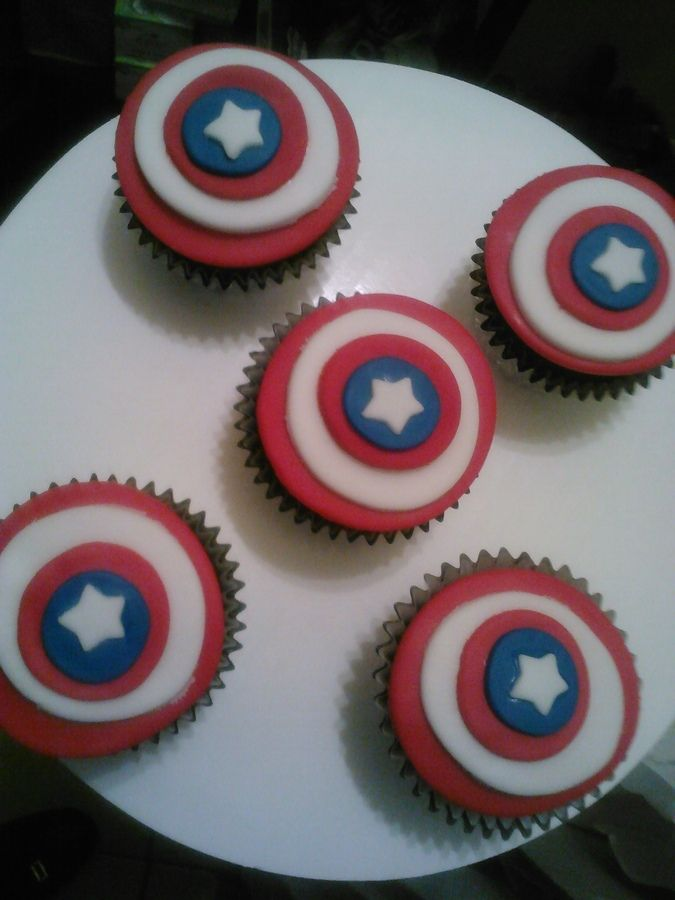 Capitan America or the 4th of July — Cupcakes!