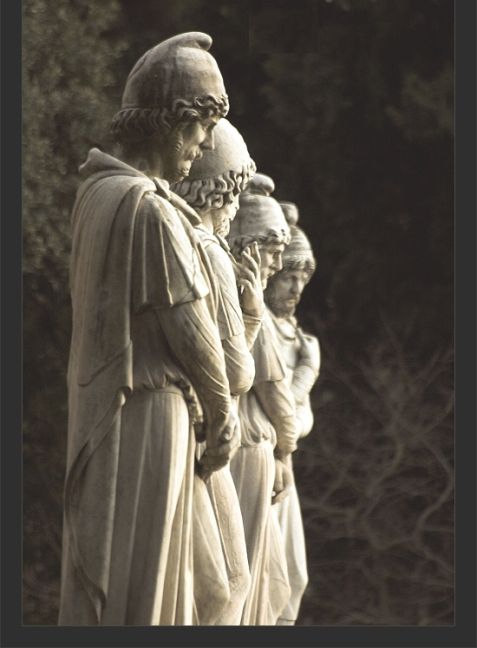 Roman statues of Dacian nobles