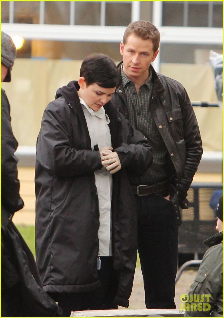 Ginnifer Goodwin & Josh Dallas film an emotional scene on the set of their television show Once Upon a Time on Wednesday (February 13, 2013) in Vancouver, Canada.