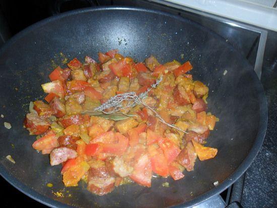 Rougail saucisses traditionnel : la recette facile
