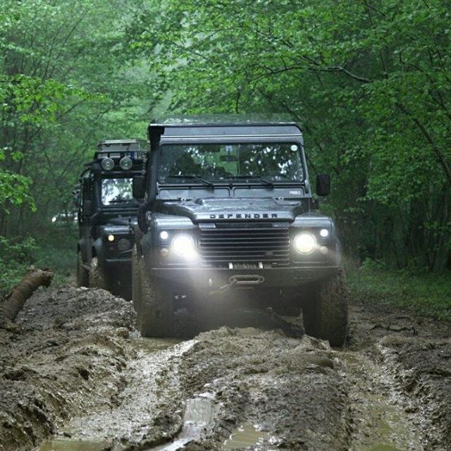 Land Rover Defender Twisted ICON off road adventure. Way mud enjoying.