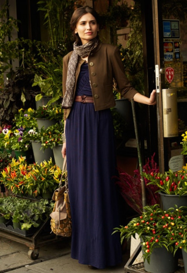how to wear maxi dress in fall