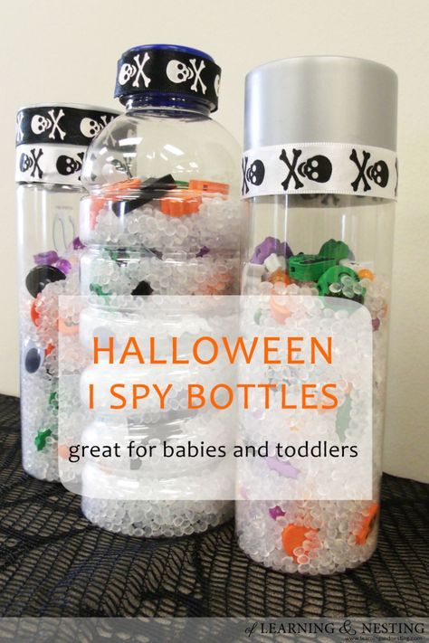 Making Halloween sensory bottles is a great seasonal activity for babies and toddlers.