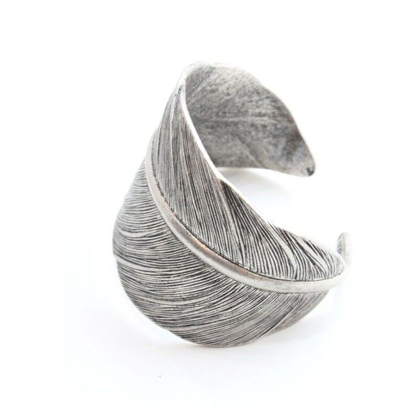 Tutti & Co Jewellery Rachelle antique silver feather cuff found on Polyvore: Antiques Silver, Silver Feathers, Jewellery Rachelle, Rachel Antiques, Accessories, Antique Silver, Feathers Rings, Rachelle Antiques, Feathers Cuffs