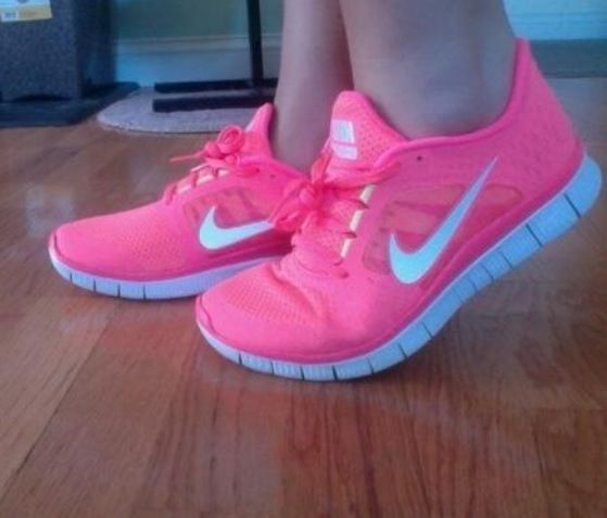 Woman Shoes - Best Collection      Want these #nike #shoes! Maybe they will motivate me to work out more! :)