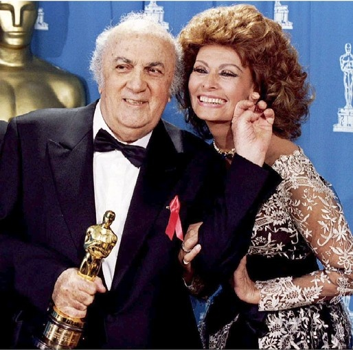 Academy Awards (1993) Sophia Loren presents an honorary Oscar to legendary Italian filmmaker Federico Fellini. Loren kept a low profile during the '80s and '90s, rarely appearing on camera. Instead, she spent her time with her husband and sons and focused on her fragrance and eyewear business ventures.