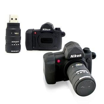 Fotoğraf tutkunu herkesin beğeneceğine emin olduğumuz bir ürün, Camera Flash Drive. Sevdiklerinize kullanışlı ve havalı bir hediye vermiş olacaksınız. #İşCep #AnındaBankacılık #technology #photography #photo #gift #hediye #teknoloji #hediye #hediyeönerileri #hediyefikirleri