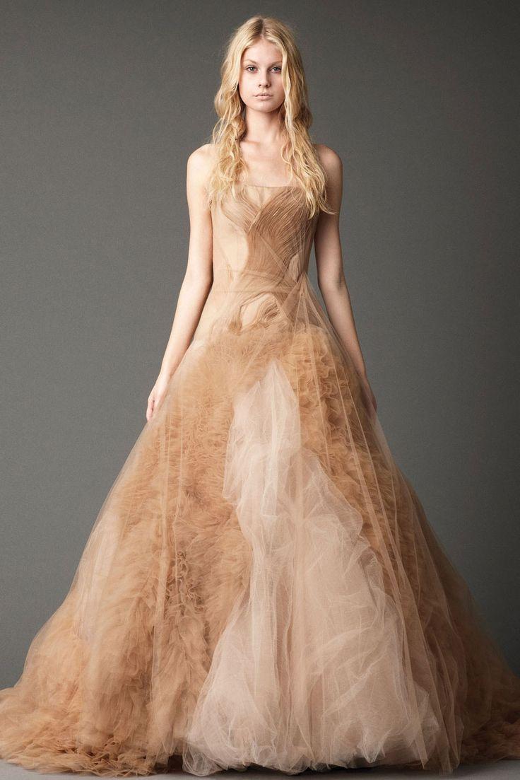 Senza maniche in tulle principessa senza spalline floor lunghezza abiti da sposa colorati zipper