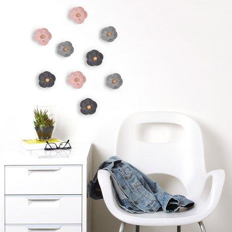 <p>Dekorera väggarna med vackra filtblommor! Förvandla en ...</p>