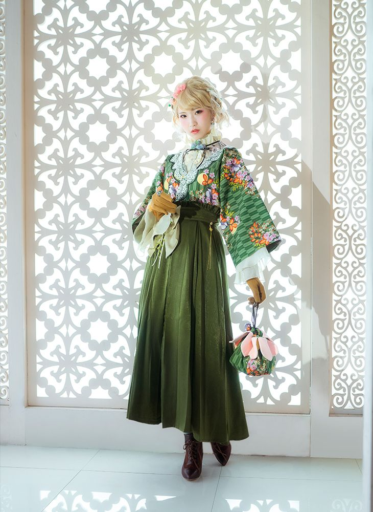 94d3322a3c Japanese Style Fashion Maxi Skirt Taishō Period Style Green Pleated Skirt  in 2019   Fanplusfriend Garden   Fashion, Green pleated skirt, Kimono  fashion