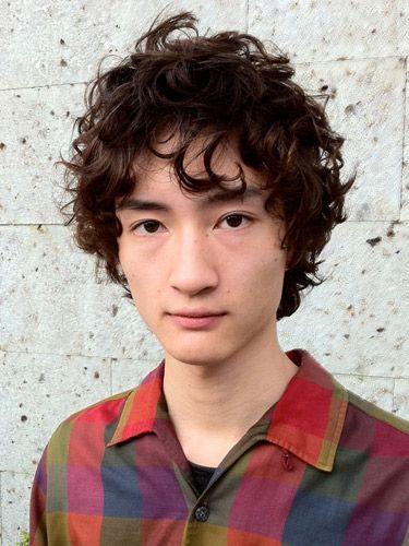 外人風おしゃれパーマ:メンズ Hair Style