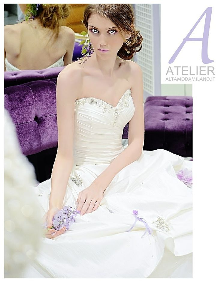 ALTAMODAMILANO.IT bridal wedding dresses made in italy milan creations all over the world, and maintains, in time, the manual skills that have forged the dresses for over forty years.  For this reason ALTAMODAMILANO.IT has become an authentic reality that embodies the excellent tailoring qualities of the Made in Italy.  MORE INFO TEL 0276013113 ONLY BY APPOINTMENT