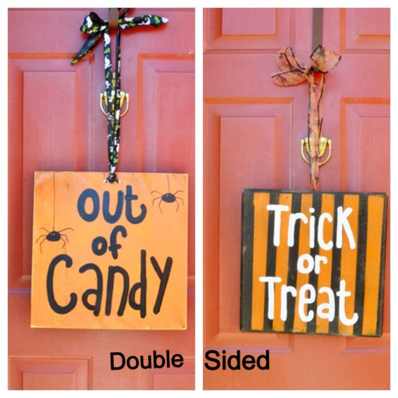 17 Best images about Fall sayings on Pinterest  Pumpkin  ~ 040555_Halloween Door Sayings