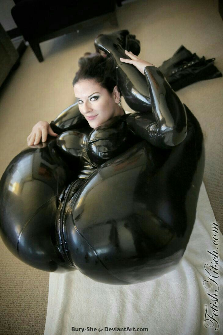 Trying on latex