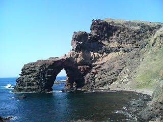 隠岐、西ノ島の通天橋。
